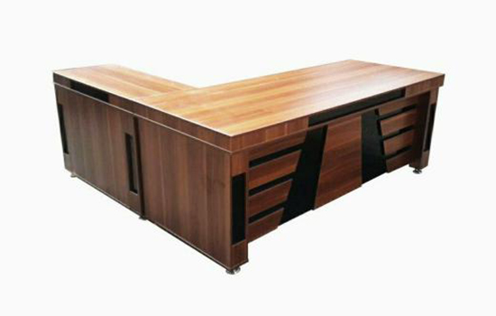 میز مدیریتی مدل کلاسیک
